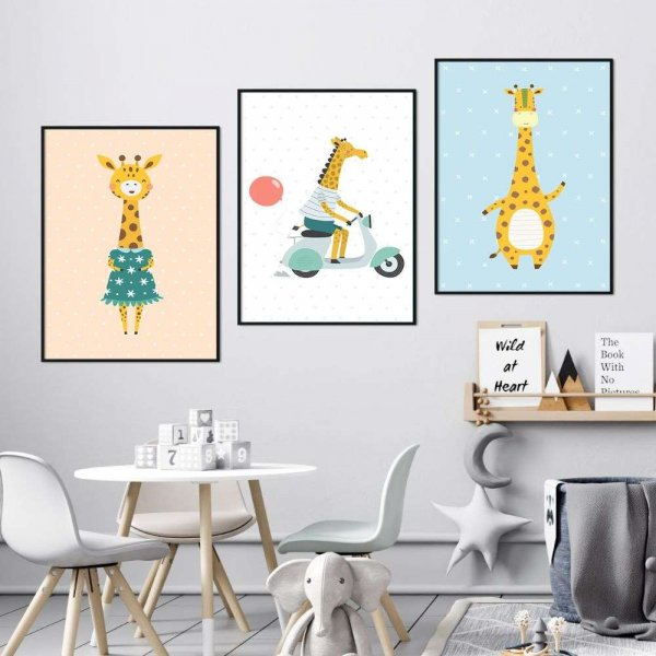 zestaw plakatów pastel giraffe